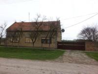 Prodajem kucu u Srpskom Itebeju