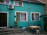 Prodajem kucu u centru Sremskih Karlovaca
