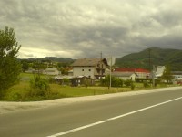 Plac sa kucom na ibarskoj magistrali