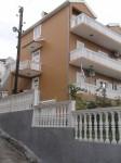Prodajem kucu u Tivtu