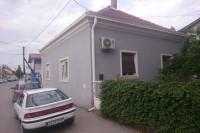Idealna kuća za poslovni prostor u užem centru
