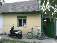 Na prodaju kuca u Vojlovici
