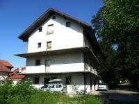 Menjam kuću u Beogradu za nekrenine u Crnoj Gori na primorju ili u Podgorici