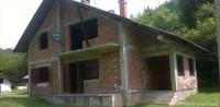 Prodajem novu kucu,komplet imanje-G.Milanovac