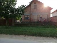 Nova kuca,selo Grgurevci,blizu Fruske Gore