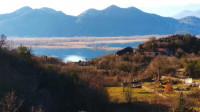 Prodajem zemljiste-Skadarsko Jezero
