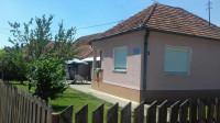 Prodajem kuću u mesnoj zajednici Lugovi