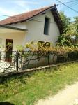 Prodajem kuću 80m2 i 20ari placa u selu Rakinac (opština Velika plana)